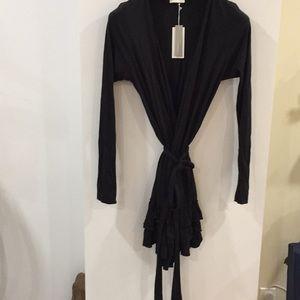 Skin worldwide ruffled robe black jersey 2/M